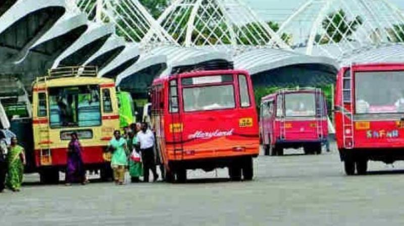 Kerala: Pregnant woman dies after she is refused seat on bus, newborn saved