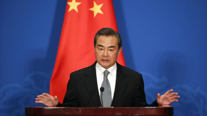 China says international community should play constructive role in Maldives