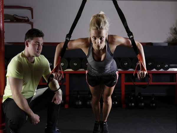 Couple who works out together, loses weight together