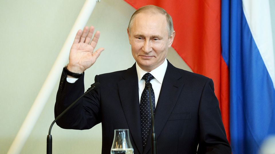 Vladimir Putin sworn in for another six years as Russian President