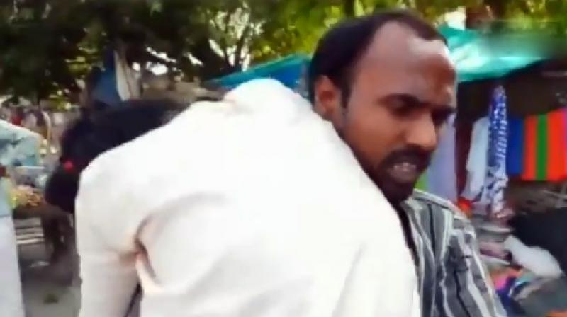 After being denied hearse, UP man carries wife's body on shoulder