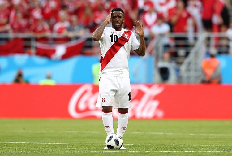 Peru players feared worst after scary World Cup injury.