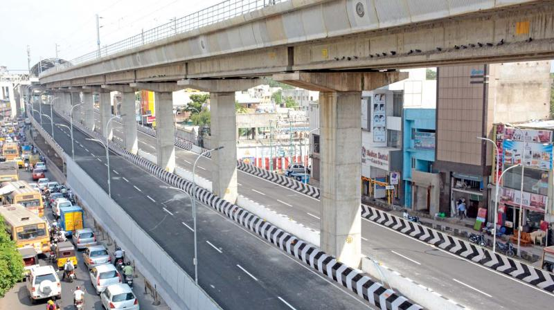 Hyderabad flyovers to turn green