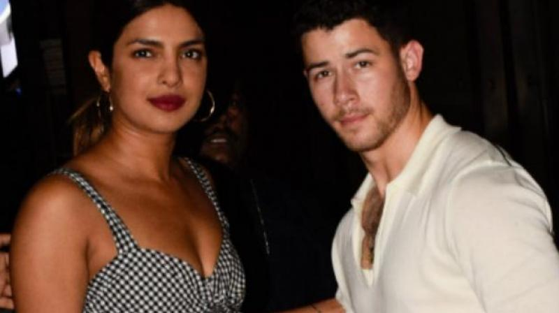 After Nick made it 'official', Priyanka also 'confirms' relationship on Instagram?