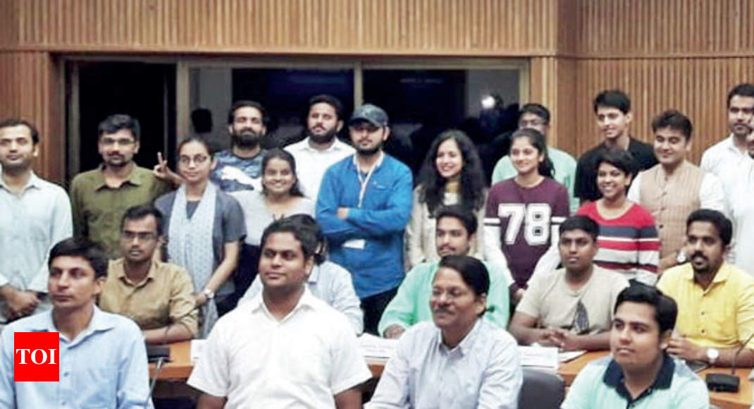 Congress seeks to change the discourse with a fellowship programme