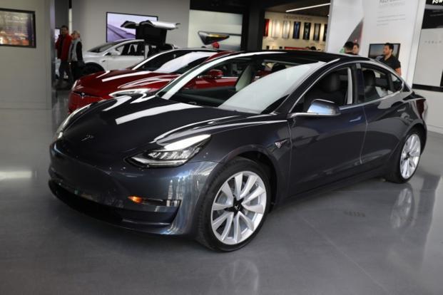News In Numbers: Tesla Model 3 exceeds 30% net profit margin