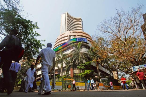 Bombay Stock Exchange in Mumbai. In July, FIIs bought a net of $207.92 million of shares, while they pumped in a net of $220.3 million in Indian shares since the start of August. Photo: Mint.