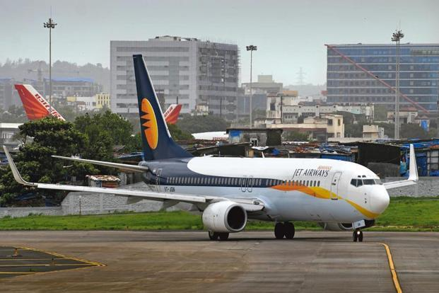 The Jet Airways management had earlier this week asked a section of its employees to take up to 25% cut in their salaries as cost of operations for the airlines has been increasing on the back of rising crude and a falling rupee. Photo: Mint