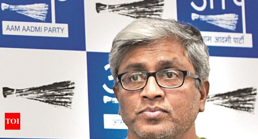 AAP spokesperson Ashutosh resigns from the party