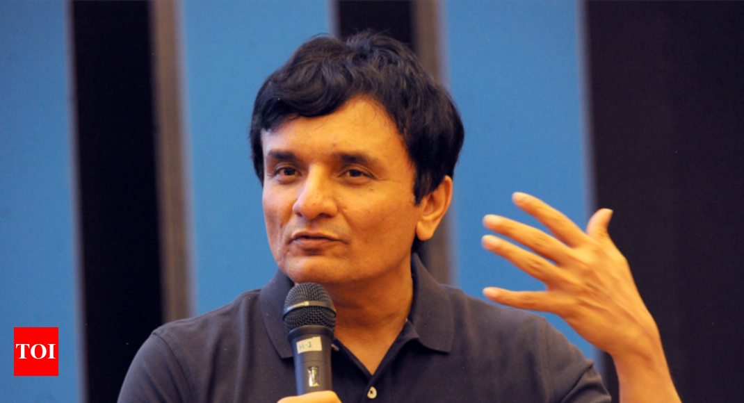 Infosys outgoing CFO seeks to reassure team