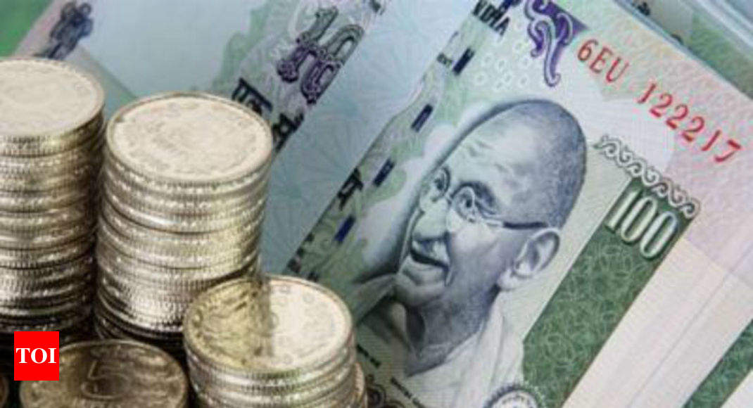 Rupee hits new low of 70.32 in opening trade