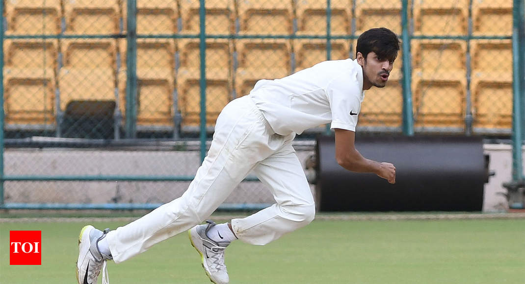 Gurbani takes seven to help India Red take first-innings lead