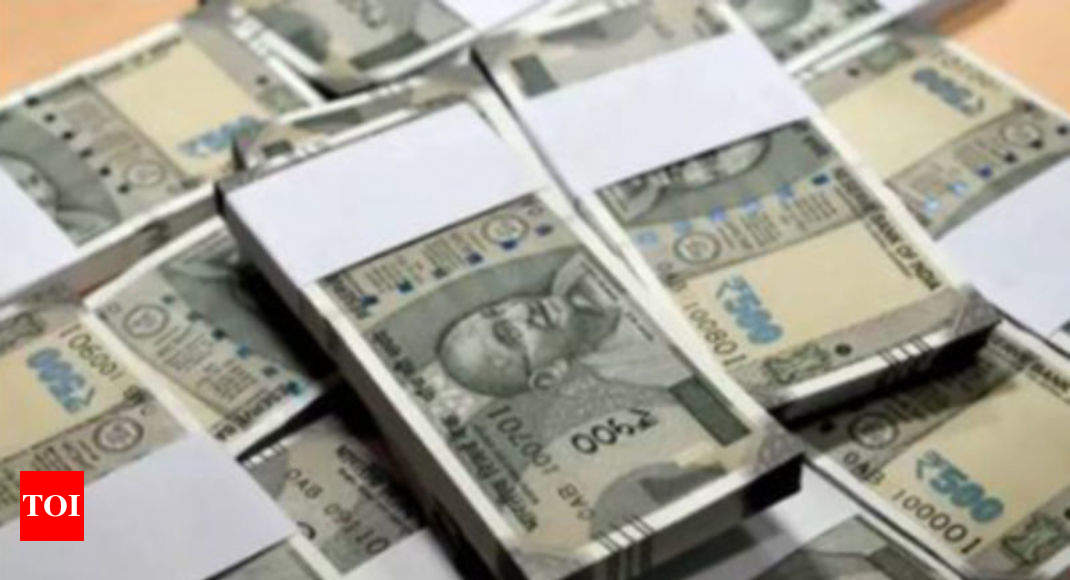 Rupee slides 26 paise to close below historic 70-mark on trade deficit worries