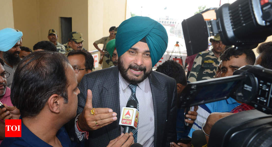 'Will give a strong reply when needed,' says Navjot Singh Sidhu on criticism over Pakistan visit