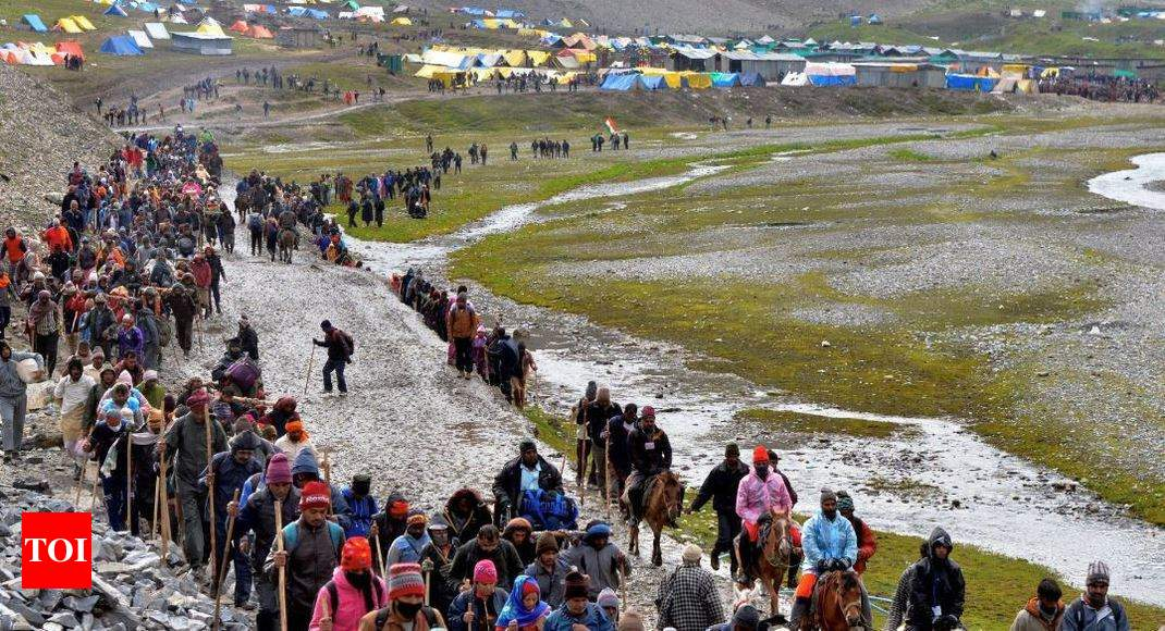 Amarnath yatra suspended from Jammu due to protests in support of Article 35-A