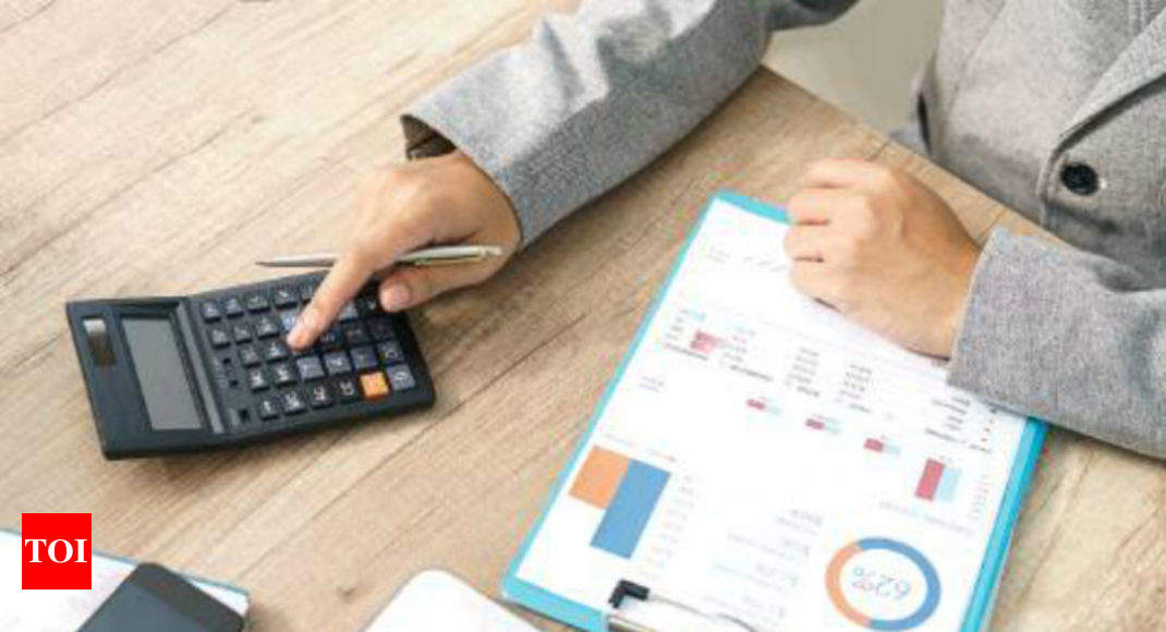 Over 2 lakh non-filers filed ITR in FY18, paid Rs 6,416 crore tax