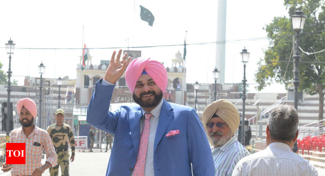 Sidhu hopes Imran Khan's accession to PM's post will be good for Pak, India peace process